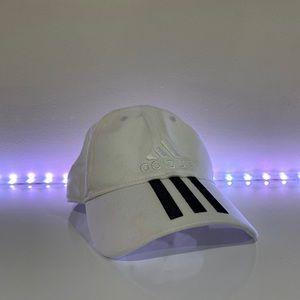 White Adidas Cap 🧢🧢